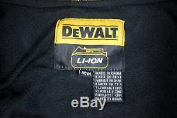 DeWalt DCHJ076ATBM Heavy Duty Heated Medium Jacket with DCB092 Power Adapter
