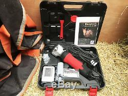 New Powerful 350W Proffesional heavy duty horse clippers 2 Sets of blades UK